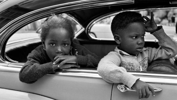 New York © Vivian Maier/Maloof Collection, Courtesy Howard Greenberg - terramatta