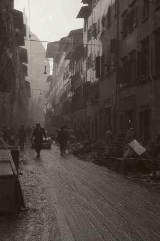 Il centro storico di Firenze nel novembre 1966 | © foto di Fausto Braganti