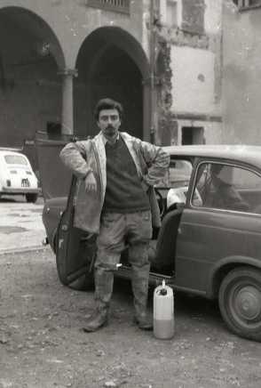 Fausto Braganti a Firenze con la sua 850 nei giorni dell'alluvione | © foto di Fausto Braganti