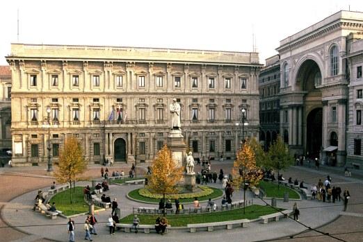 Palazzo Marino e Piazza della Scala a Milano